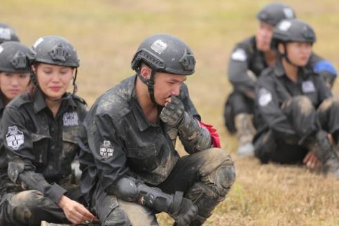 Rima Thanh Vy khóc nức nở, bất lực với vai trò thủ lĩnh trong Chiến Binh Thế Hệ Mới - Ảnh 15.