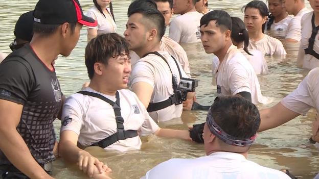 CBTHM: Rima Thanh Vy bật khóc tức tưởi, Phát La bất ngờ nhập viện khẩn cấp - Ảnh 1.