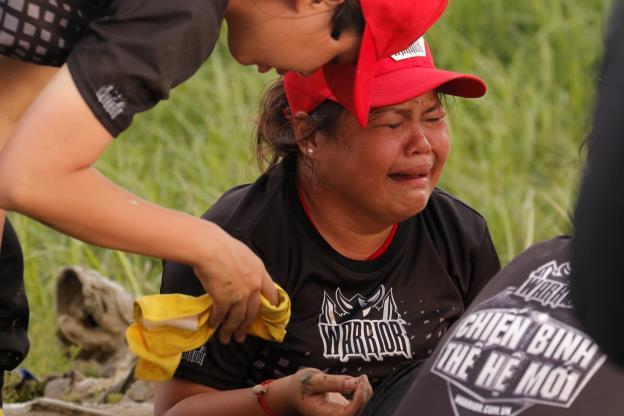 CBTHM: Rima Thanh Vy bật khóc tức tưởi, Phát La bất ngờ nhập viện khẩn cấp - Ảnh 8.