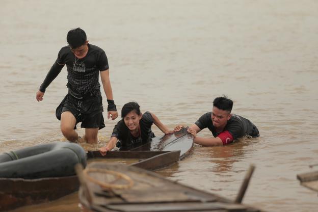 CBTHM: Rima Thanh Vy bật khóc tức tưởi, Phát La bất ngờ nhập viện khẩn cấp - Ảnh 13.