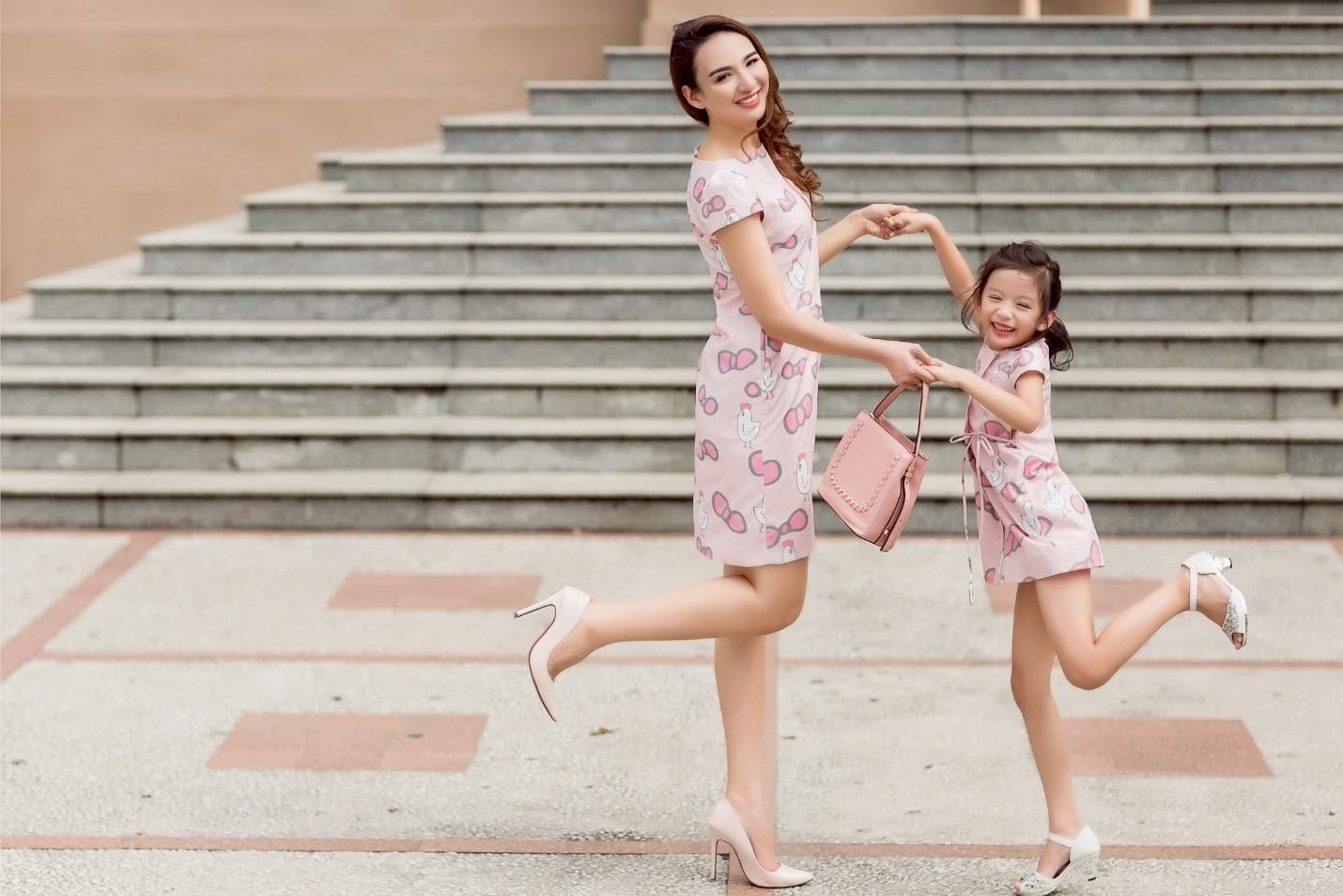 Cùng Vy Oanh, Linh Nga, Trương Quỳnh Anh và Ngọc Diễm mang nụ cười đến trẻ em Việt Nam - Ảnh 1.