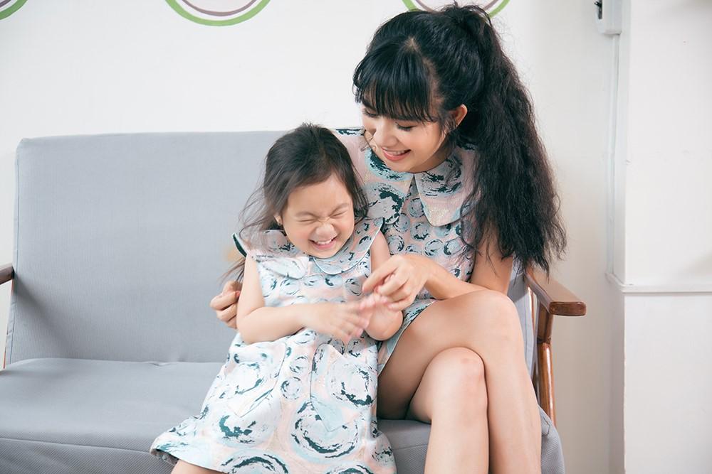 Cùng Vy Oanh, Linh Nga, Trương Quỳnh Anh và Ngọc Diễm mang nụ cười đến trẻ em Việt Nam - Ảnh 7.