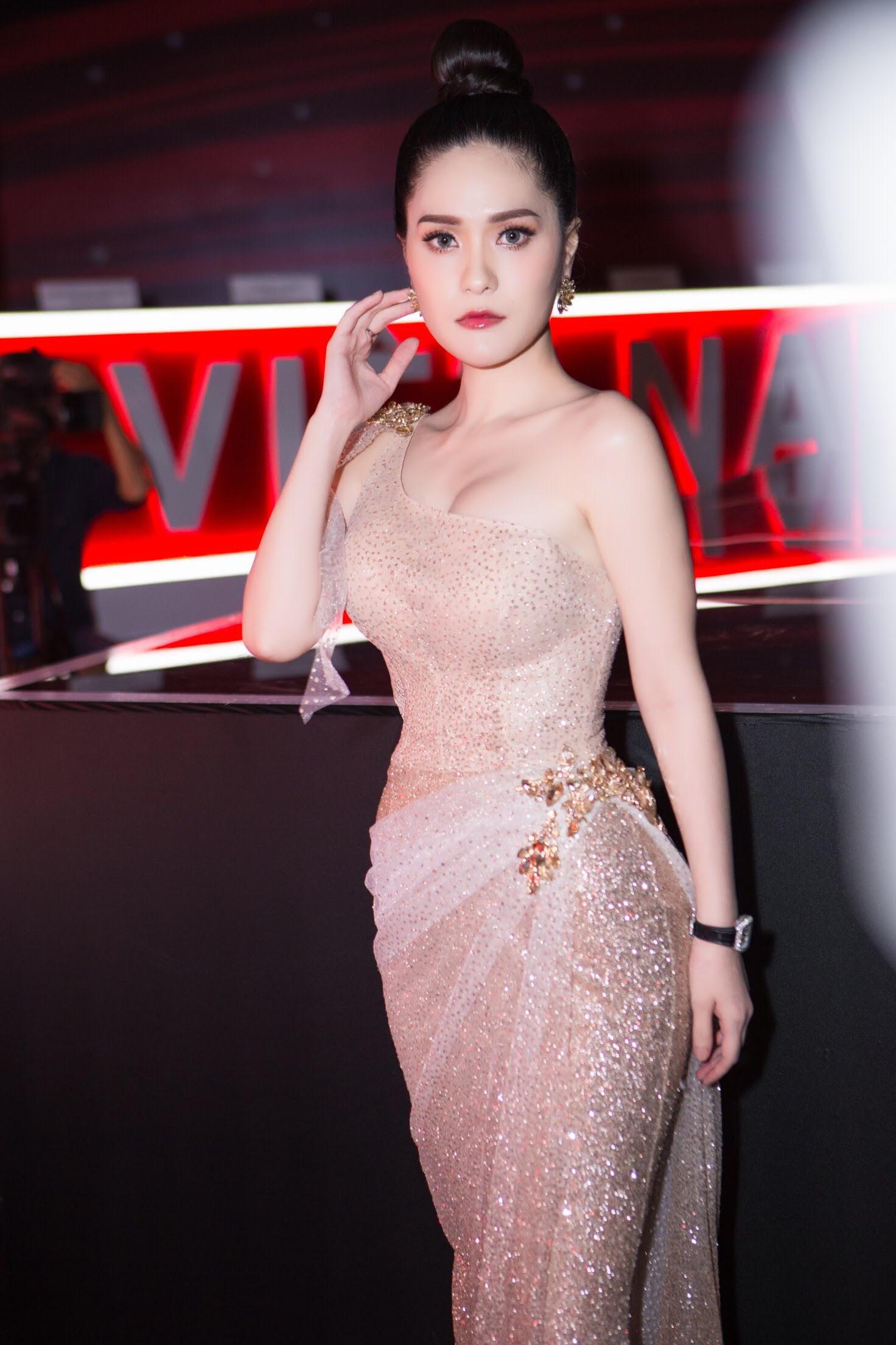 Di Băng tỏa sáng giữa dàn sao đêm chung kết Siêu Mẫu Việt 2018 - Ảnh 6.