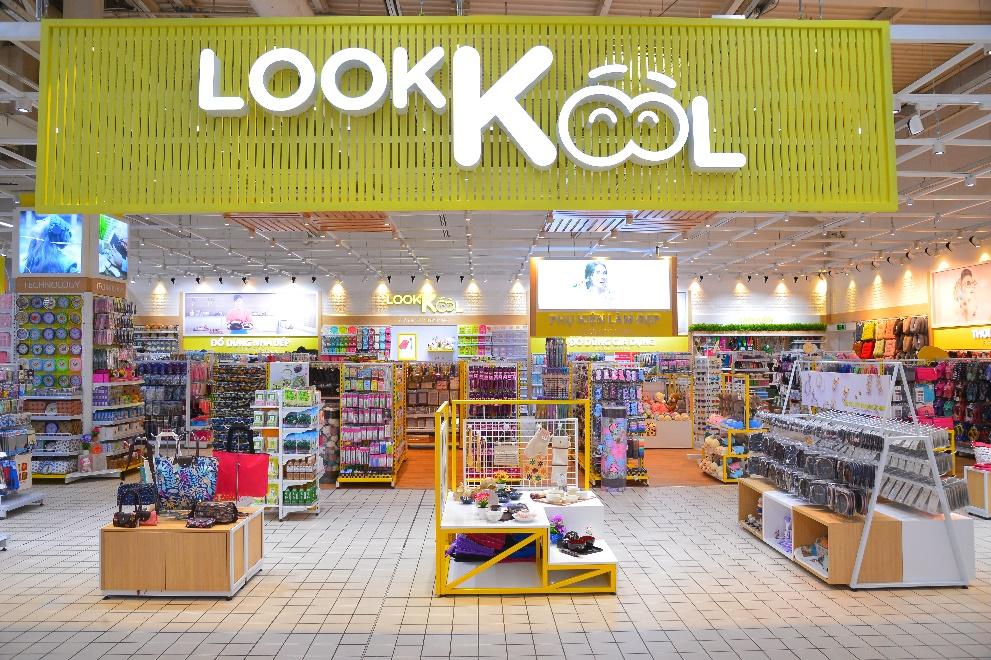 LOOKKOOL – Chuỗi cửa hàng khiến giới trẻ mê mẩn với không gian hiện đại - Ảnh 1.