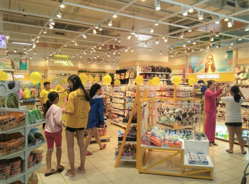 LOOKKOOL – Chuỗi cửa hàng khiến giới trẻ mê mẩn với không gian hiện đại - Ảnh 7.