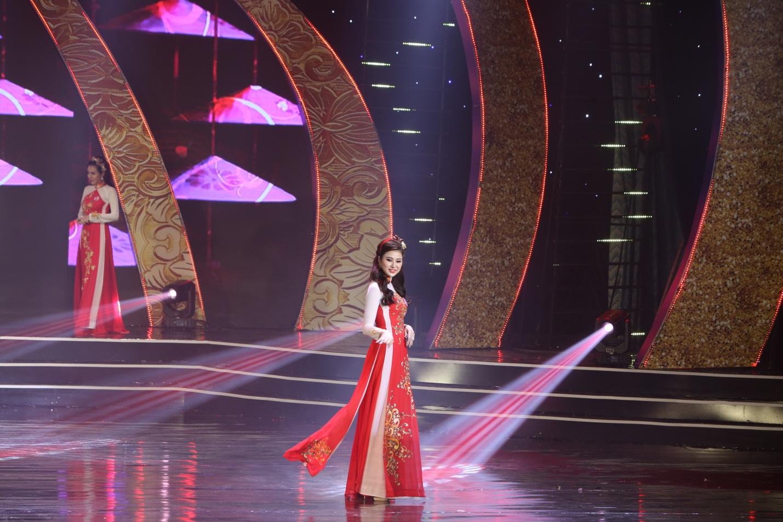 CEO Thủy Phạm giành cú đúp danh hiệu từ Nữ hoàng Doanh nhân đất Việt 2018 - Ảnh 1.