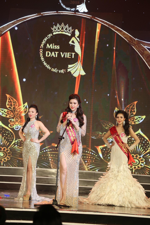 CEO Thủy Phạm giành cú đúp danh hiệu từ Nữ hoàng Doanh nhân đất Việt 2018 - Ảnh 6.