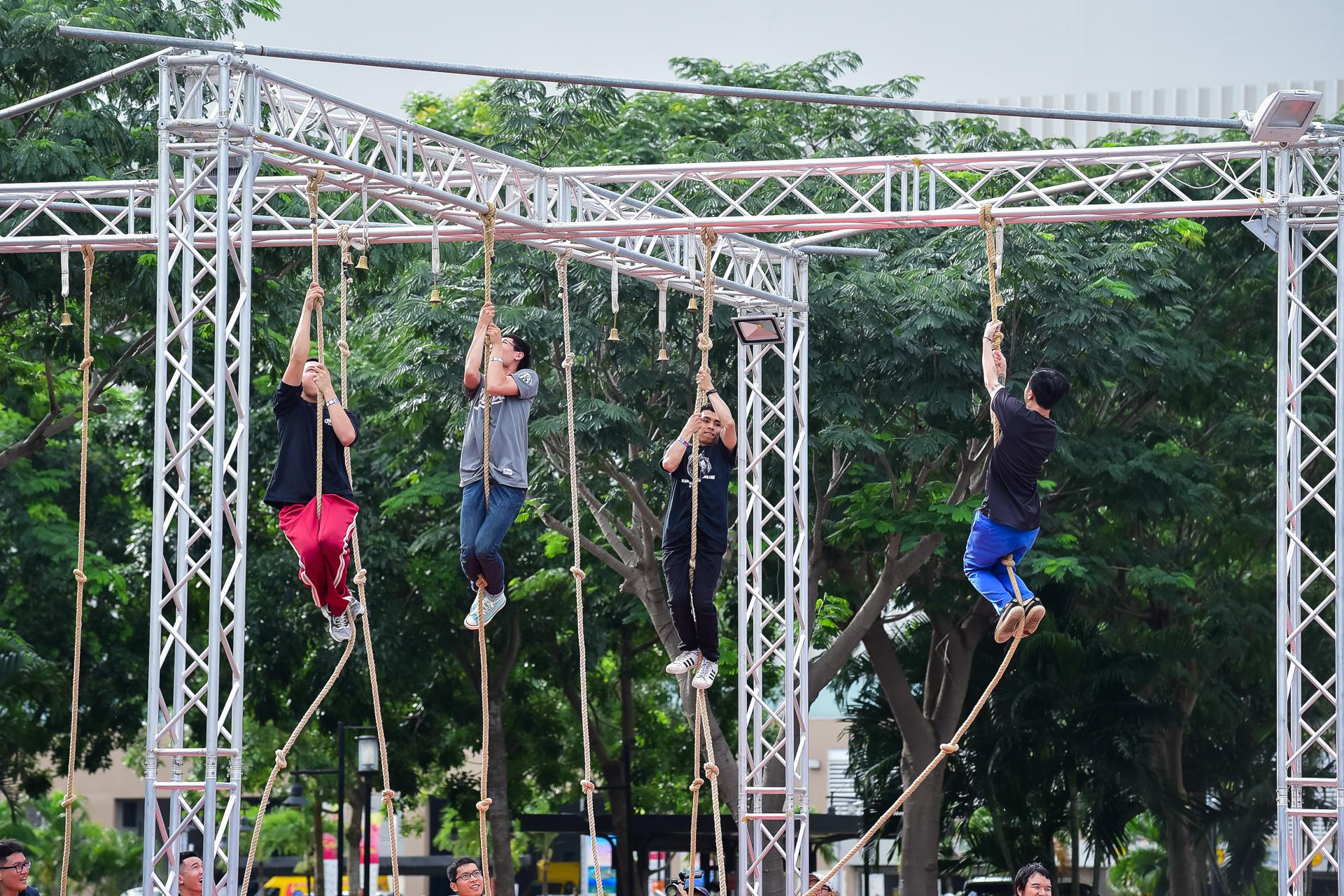 Sao Việt và giới trẻ Sài thành rủ nhau thách thức với zipline mạo hiểm - Ảnh 6.