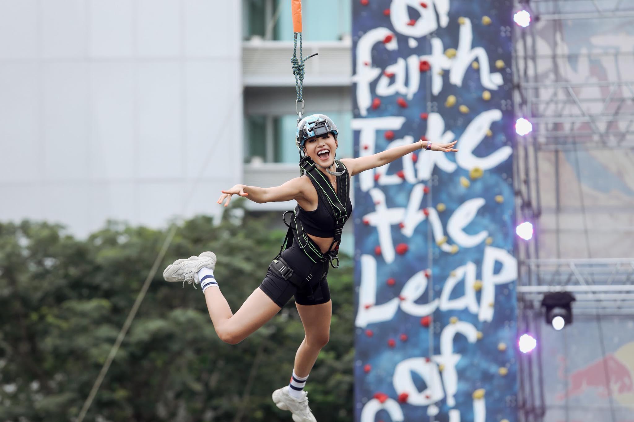 Sao Việt và giới trẻ Sài thành rủ nhau thách thức với zipline mạo hiểm - Ảnh 8.