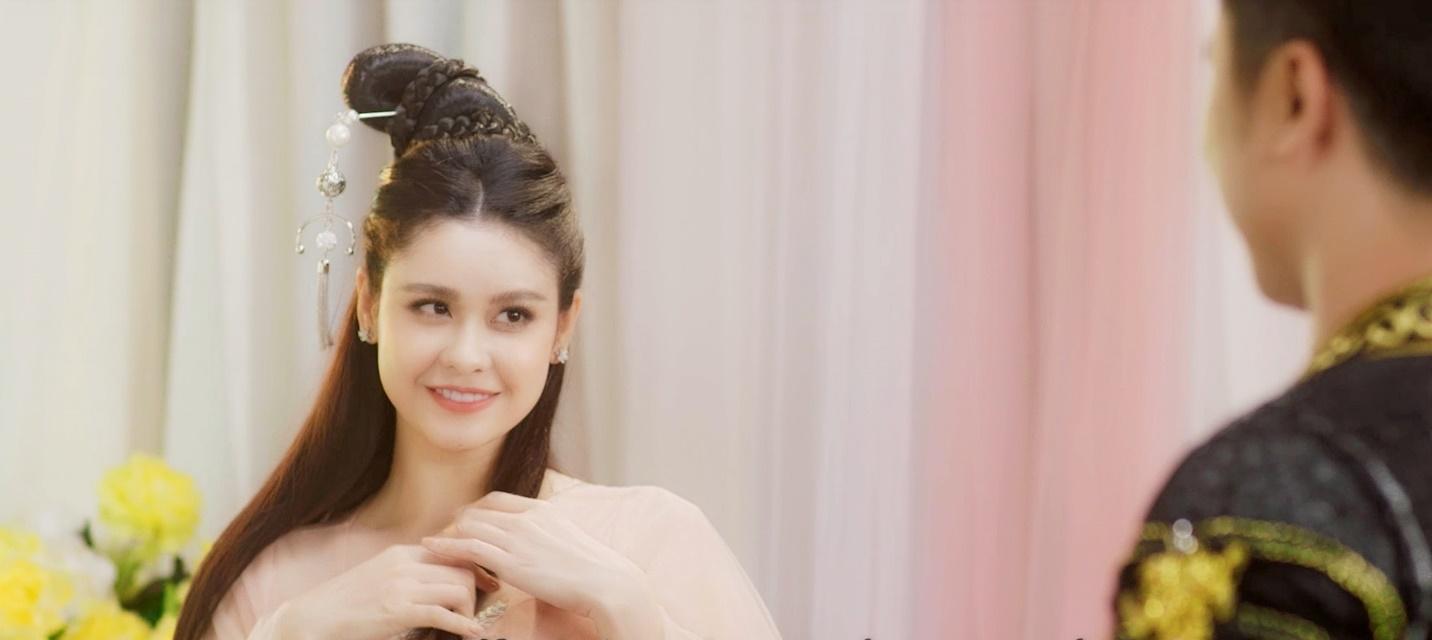 Trương Quỳnh Anh tiếp tục hóa mỹ nhân cổ trang trong MV mới - Ảnh 3.