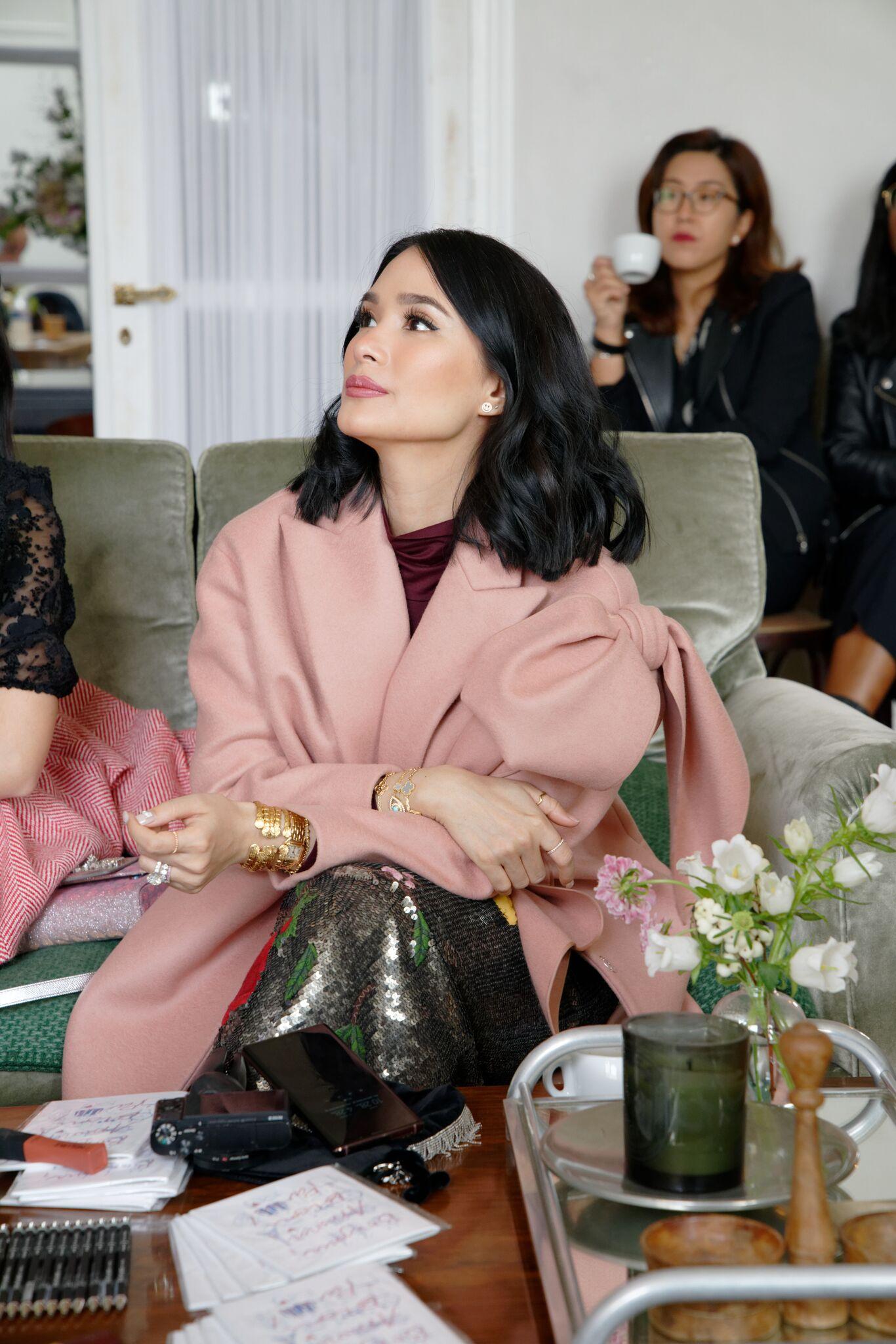 Đệ nhất rich-kid châu Á Evangelista Heart, Mai Davika Hoorne, Kỳ Duyên cùng dàn người đẹp quy tụ tại Paris Fashion Week - Ảnh 2.