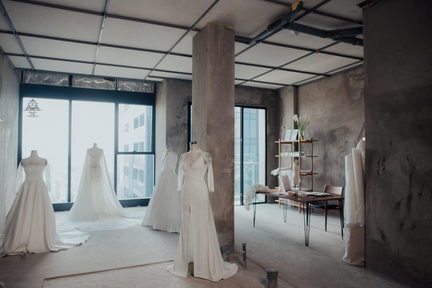Váy cưới chính thức của Lan Khuê trị giá tới 500 triệu đồng đã được tiết lộ - Ảnh 9.