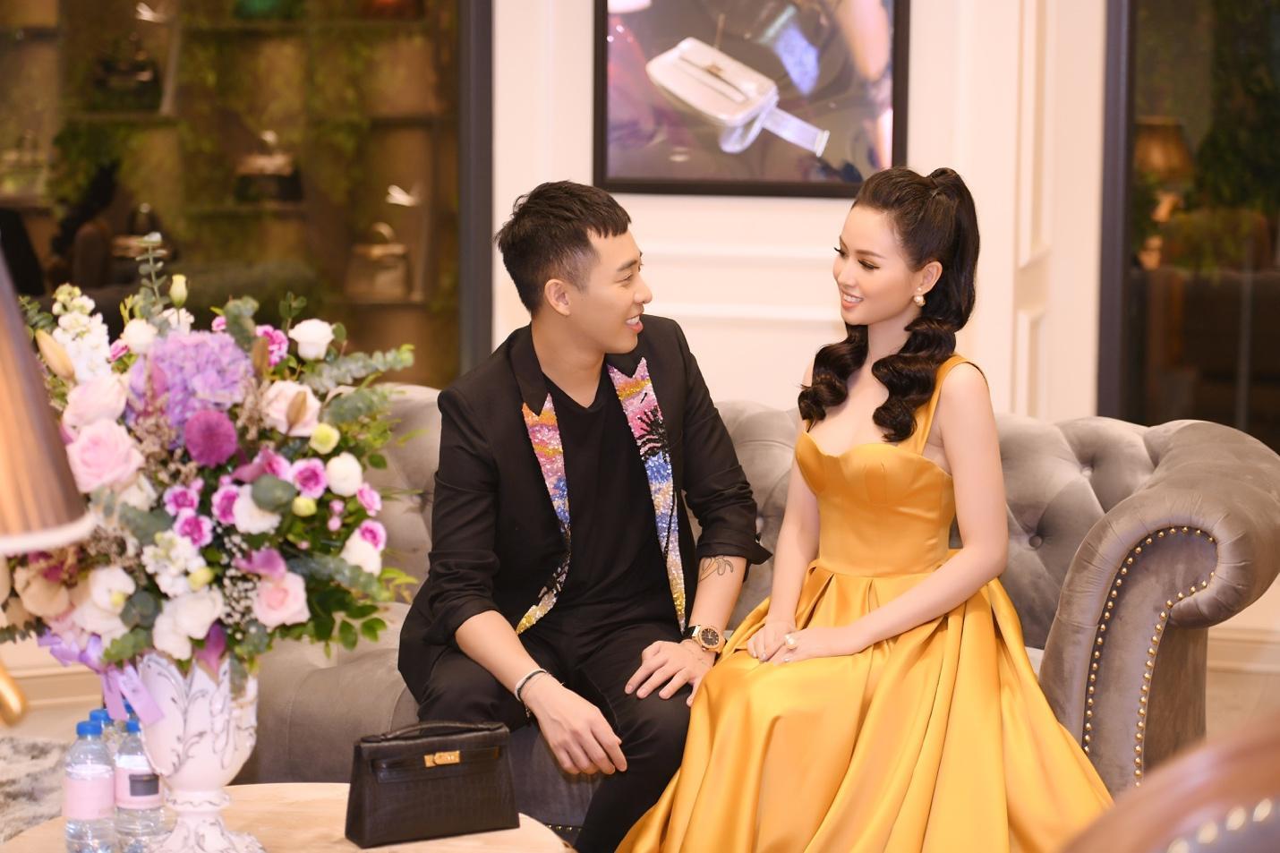 Sự kiện khai trương thương hiệu túi Thái Lan thu hút giới thời trang và hot girl Hà thành - Ảnh 3.