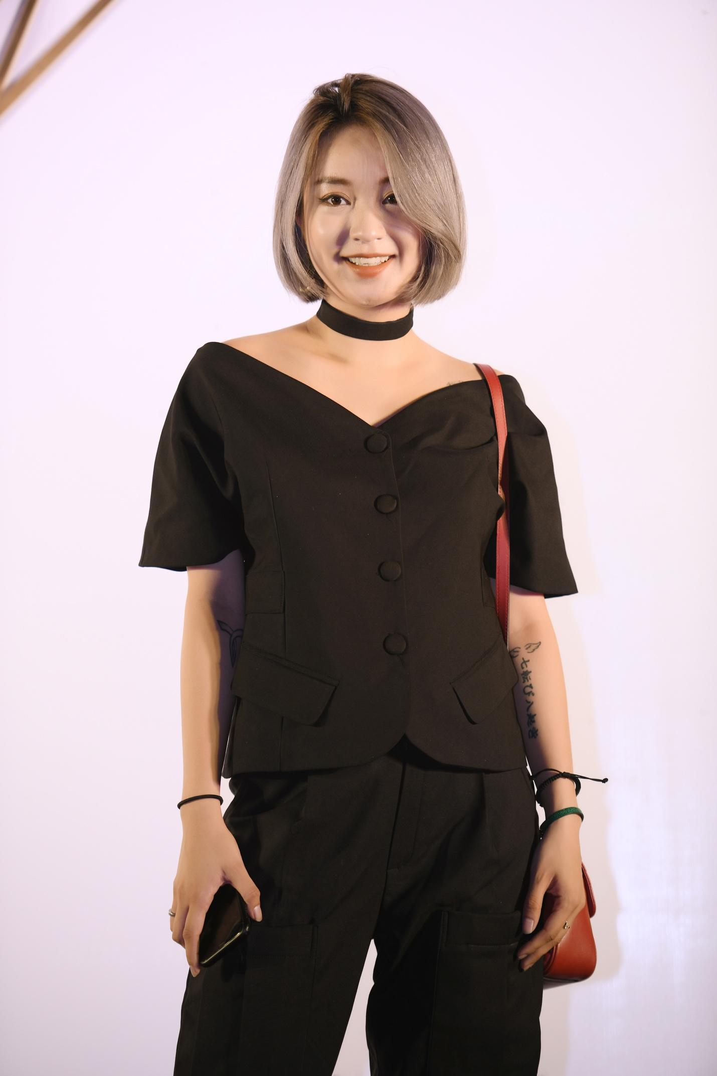 Sự kiện khai trương thương hiệu túi Thái Lan thu hút giới thời trang và hot girl Hà thành - Ảnh 4.
