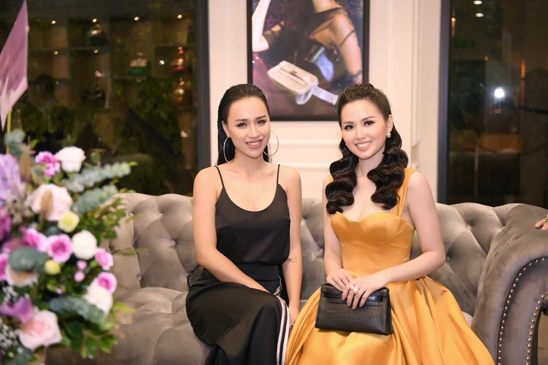 Sự kiện khai trương thương hiệu túi Thái Lan thu hút giới thời trang và hot girl Hà thành - Ảnh 6.