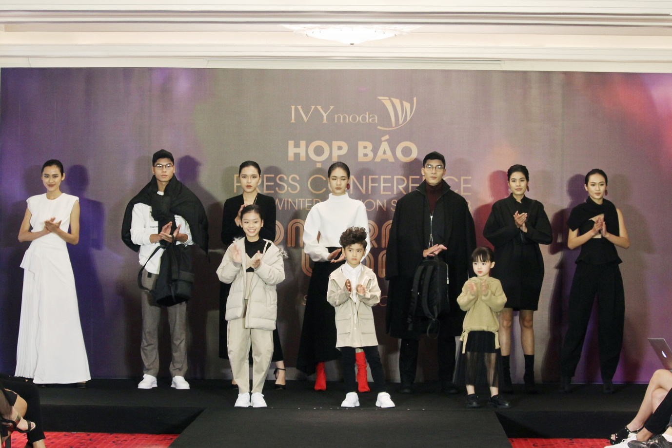 IVY moda hợp tác cùng NTK từng làm việc với nhà mốt lừng danh Alexander McQueen - Ảnh 1.