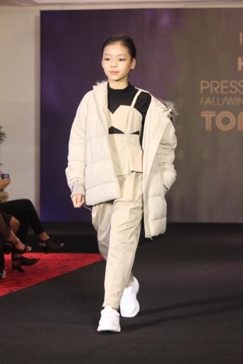 IVY moda hợp tác cùng NTK từng làm việc với nhà mốt lừng danh Alexander McQueen - Ảnh 8.