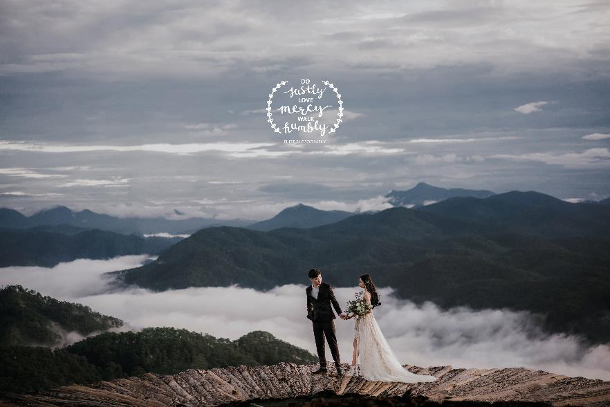 """""""Săn mây trên đỉnh Cầu Đất cùng cặp đôi yêu Boho Wedding Style - Ảnh 1."""