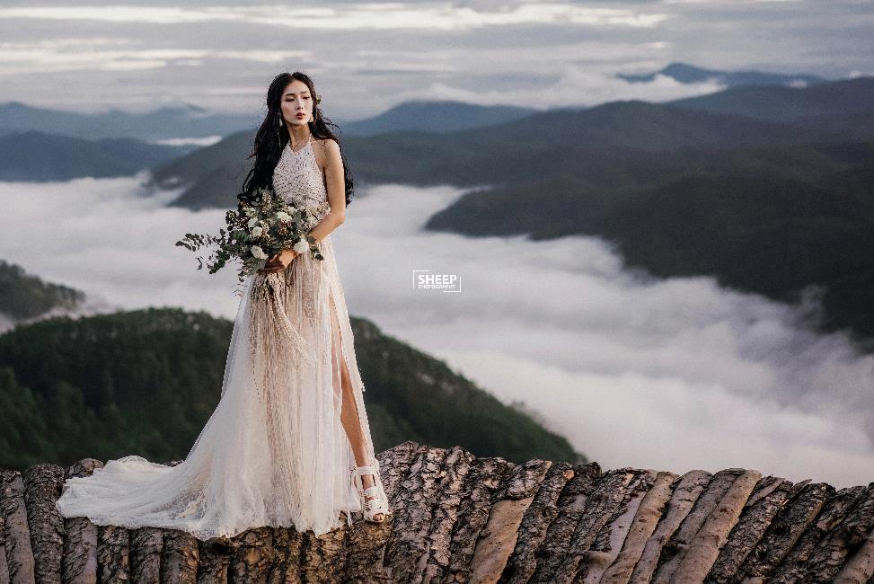 """""""Săn mây trên đỉnh Cầu Đất cùng cặp đôi yêu Boho Wedding Style - Ảnh 11."""