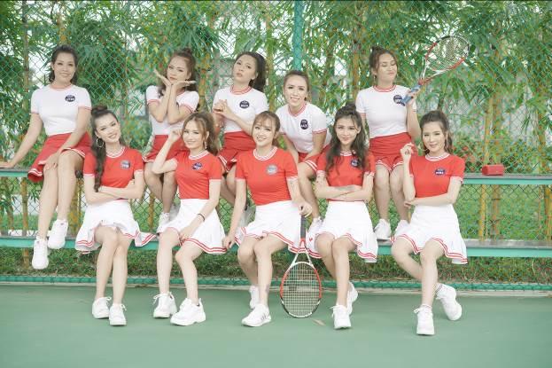 Hậu trường buổi chụp ảnh Top 10 Miss Võ Lâm Truyền Kỳ Mobile - Ảnh 2.