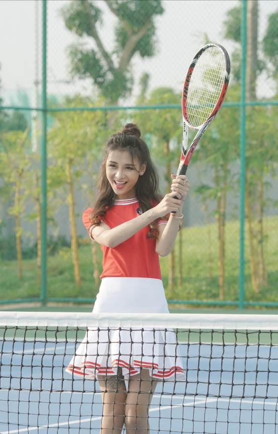 Hậu trường buổi chụp ảnh Top 10 Miss Võ Lâm Truyền Kỳ Mobile - Ảnh 4.