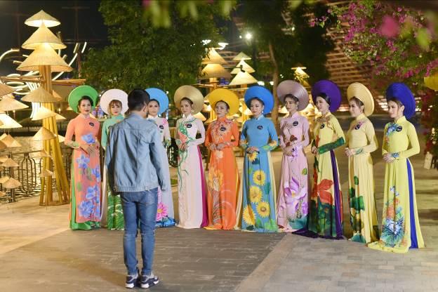 Hậu trường buổi chụp ảnh Top 10 Miss Võ Lâm Truyền Kỳ Mobile - Ảnh 5.
