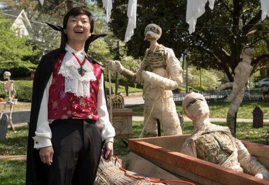 Goosebumps 2: Khuấy đảo mùa Halloween với chuyến phiêu lưu rùng rợn nhưng không kém phần thú vị - Ảnh 4.