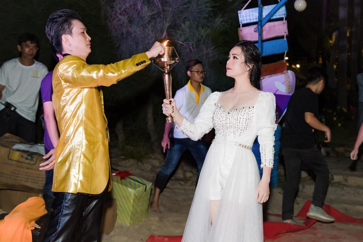 Nhật Kim Anh mạnh tay chi tiền tỉ cho sự kiện tri ân khách hàng sau 9 tháng ra mắt thương hiệu mỹ phẩm riêng - Ảnh 10.