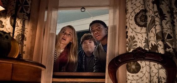 5 lý do khiến bạn phải hối tiếc nếu không xem Goosebumps 2: Haunted Halloween - Ảnh 5.