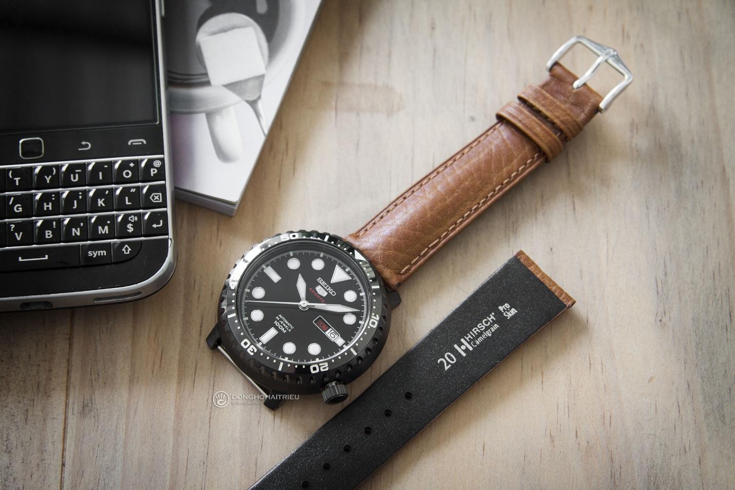 Bộ sưu tập dây da được các thương hiệu đồng hồ nổi tiếng thế giới ưa chuộng - Ảnh 2.
