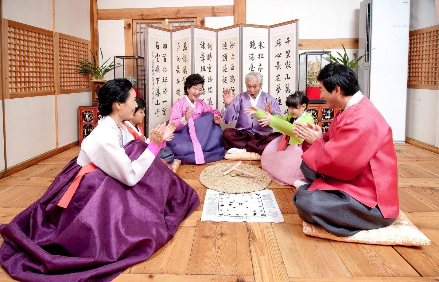Những điểm nổi bật về phong tục tết của Hàn - Đài - Thái - Ảnh 2.