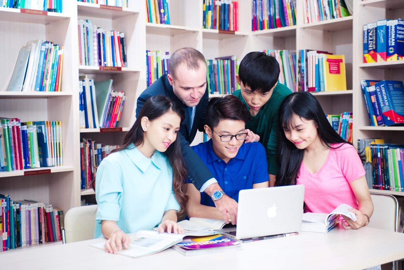 Giảng dạy tiếng Anh bằng công nghệ - Xu thế thời đại 4.0 - Ảnh 1.