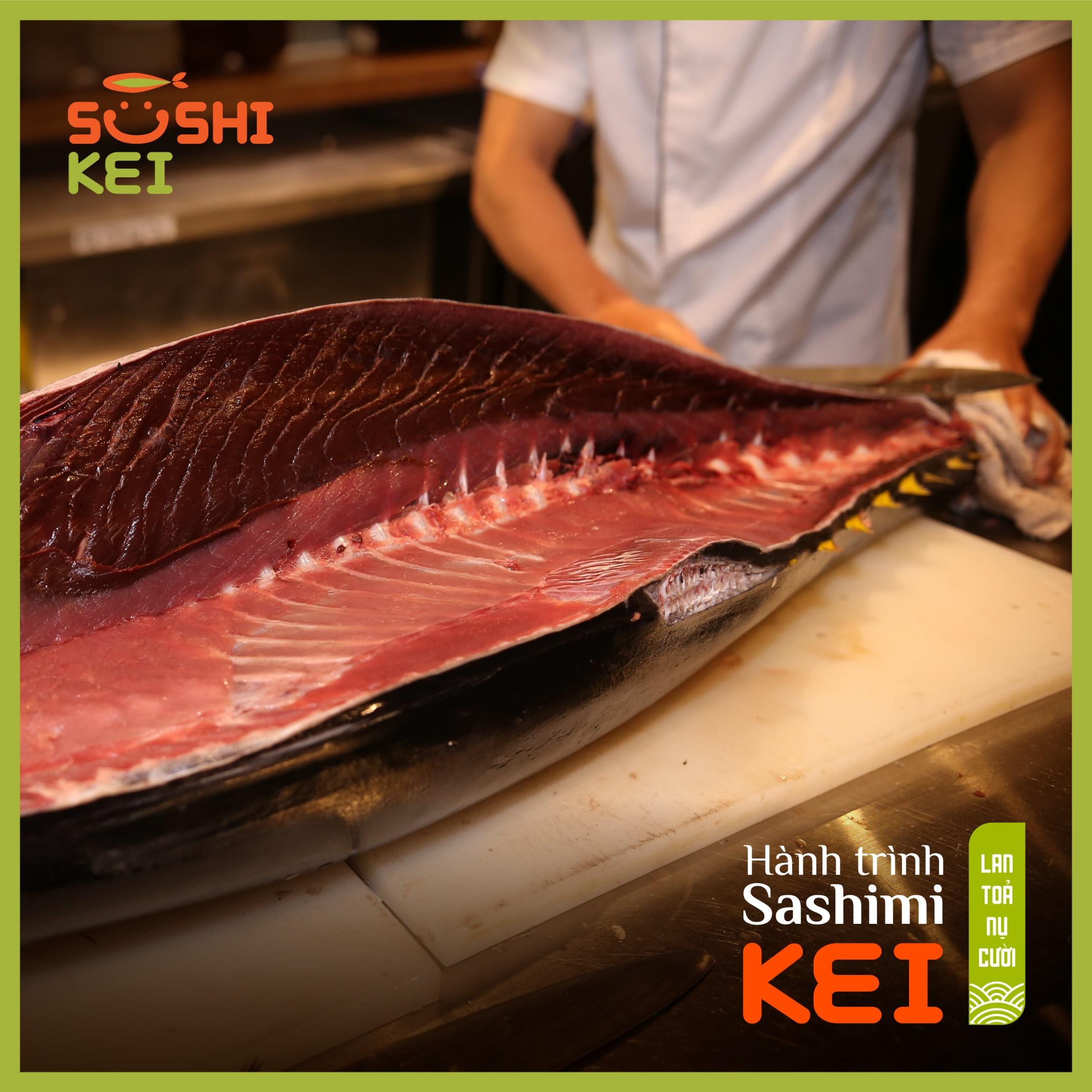 Kinh ngạc với cá ngừ khổng lồ 80kg cùng màn trình diễn chế biến chuyên nghiệp ngay tại nhà hàng Nhật - Sushi Kei - Ảnh 2.