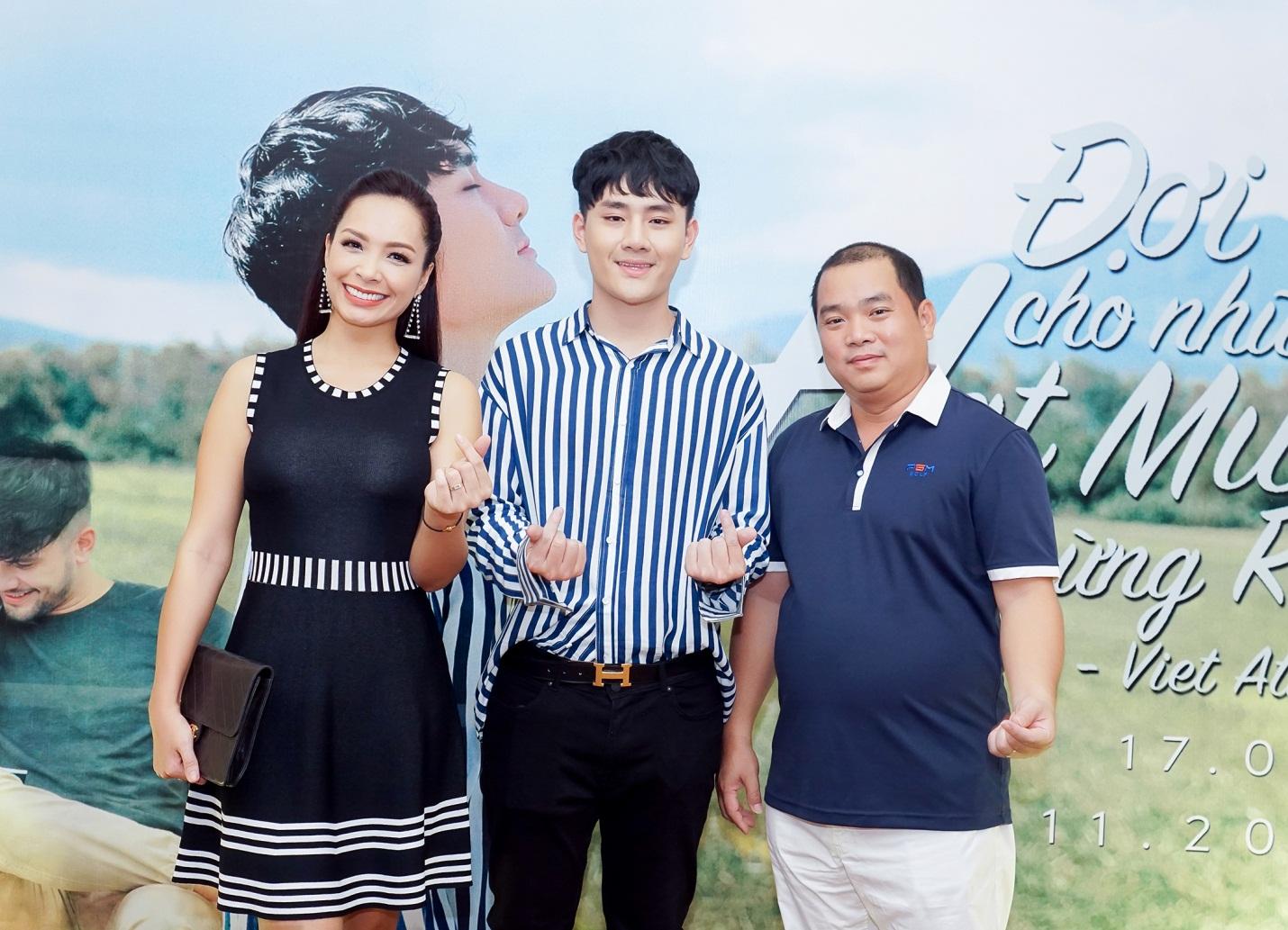 """Việt Athen hợp tác cùng hot boy """"Bùa yêu"""" trong MV """"Đợi cho những hạt mưa ngừng rơi"""" - Ảnh 5."""