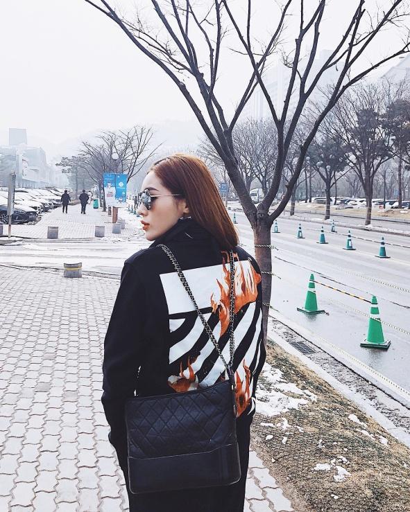 """Những thương hiệu thời trang đang """"gây bão"""" streetstyle của sao Việt - Ảnh 8."""