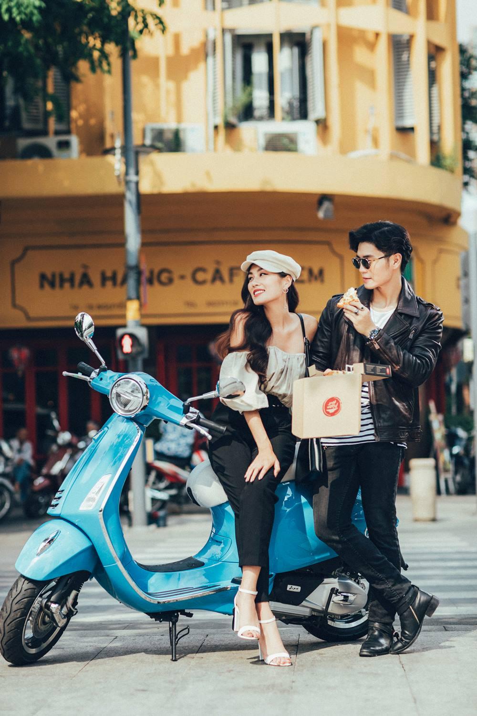 """Cặp đôi hot hit Huy Trần – Thảo Nhi Lê lại khiến cư dân mạng """"phát sốt"""" với phong cách sang chảnh - Ảnh 6."""
