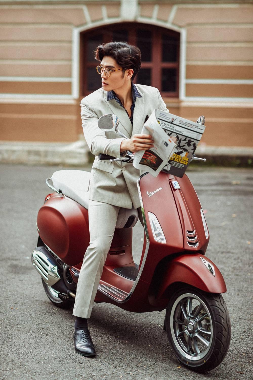 """Cặp đôi hot hit Huy Trần – Thảo Nhi Lê lại khiến cư dân mạng """"phát sốt"""" với phong cách sang chảnh - Ảnh 7."""