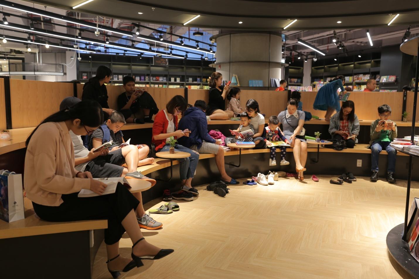 Thiên đường sách mới tại Hà Nội dành cho các bạn trẻ - Ảnh 5.