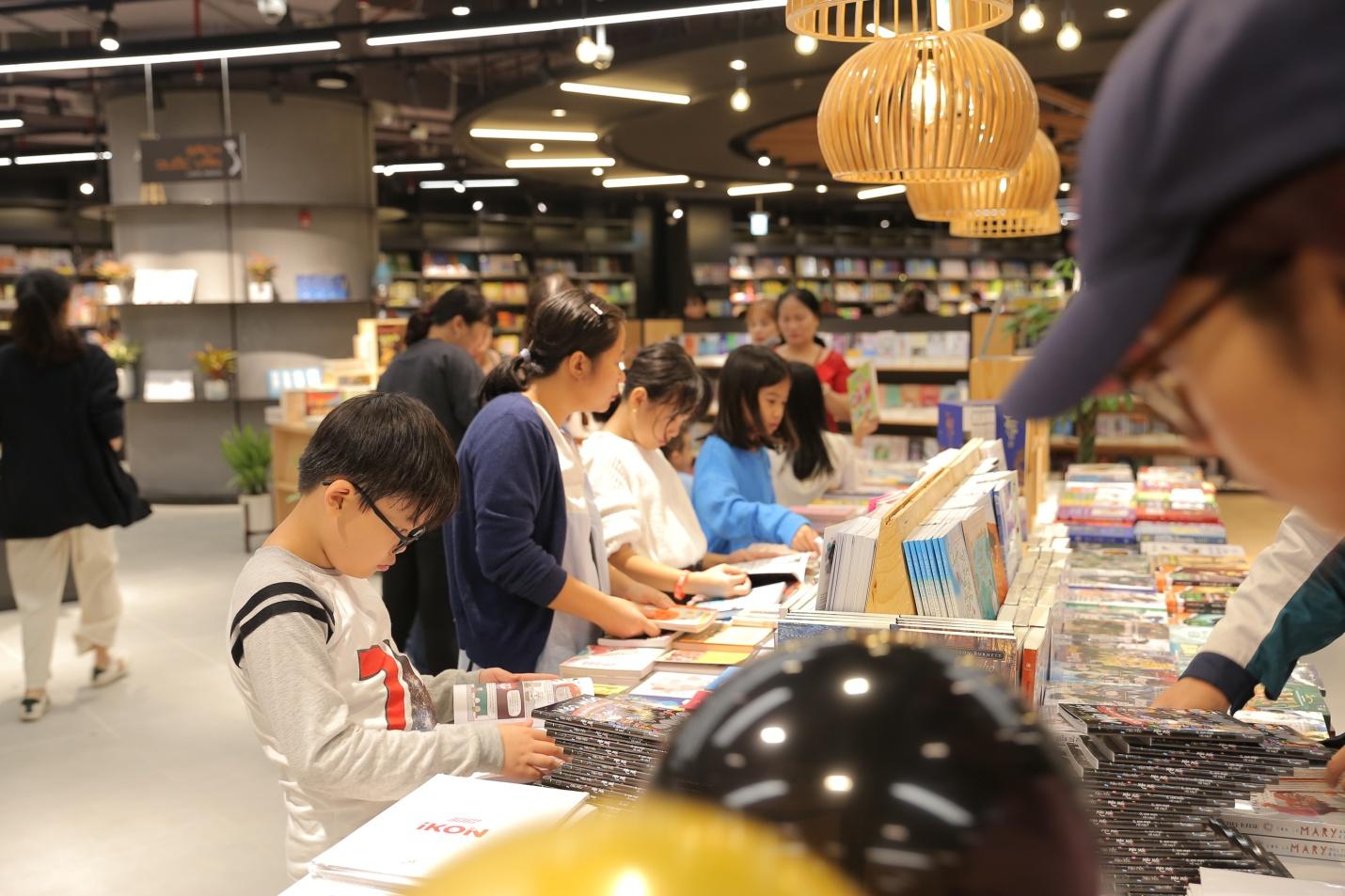 Thiên đường sách mới tại Hà Nội dành cho các bạn trẻ - Ảnh 8.