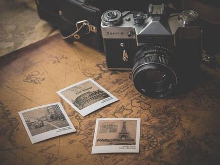 Ý tưởng cầu hôn bằng mật thư sẽ thích hợp với những cô nàng thích khám phá và trải nghiệm. (Nguồn ảnh: Pixabay)