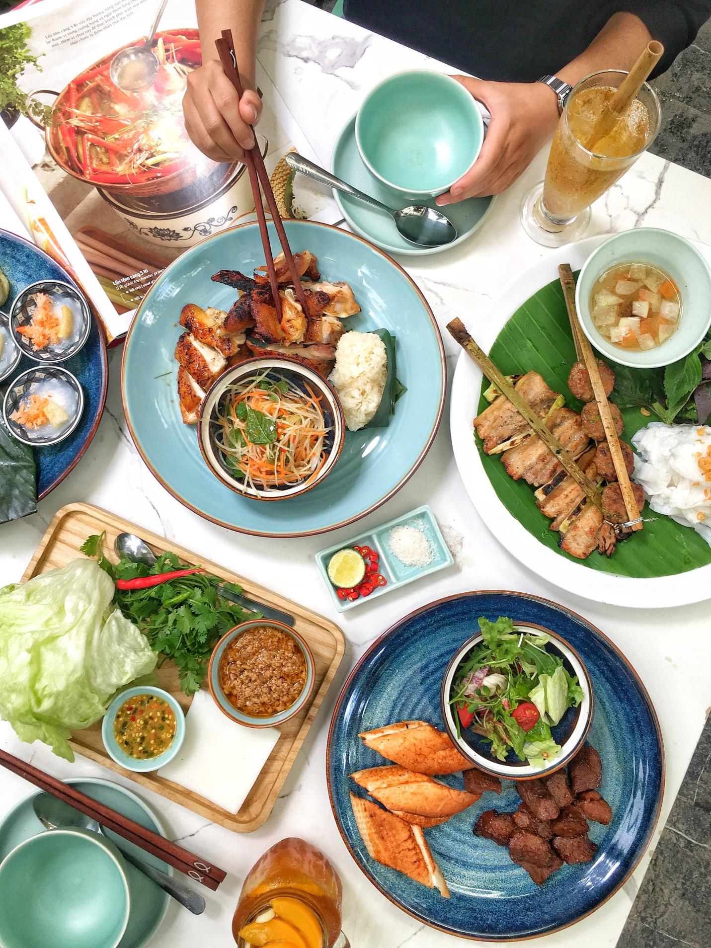 Các tín đồ ẩm thực háo hức khi Quán Ăn Ngon khai trương nhà hàng 3.000m2 ngay trung tâm thành phố - Ảnh 4.