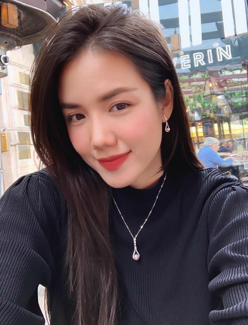 Phương Ly, Quỳnh Anh Shyn và loạt fashionista Việt khoe cá tính với trang sức bạc cực chất - Ảnh 2.
