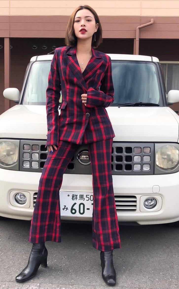 Phương Ly, Quỳnh Anh Shyn và loạt fashionista Việt khoe cá tính với trang sức bạc cực chất - Ảnh 3.