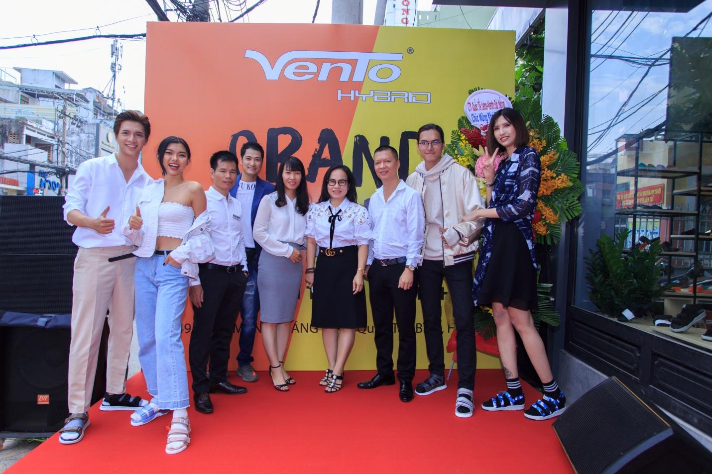 Không có người nổi tiếng làm đại diện, thương hiệu giày dép VENTO vẫn được giới trẻ săn lùng - Ảnh 6.
