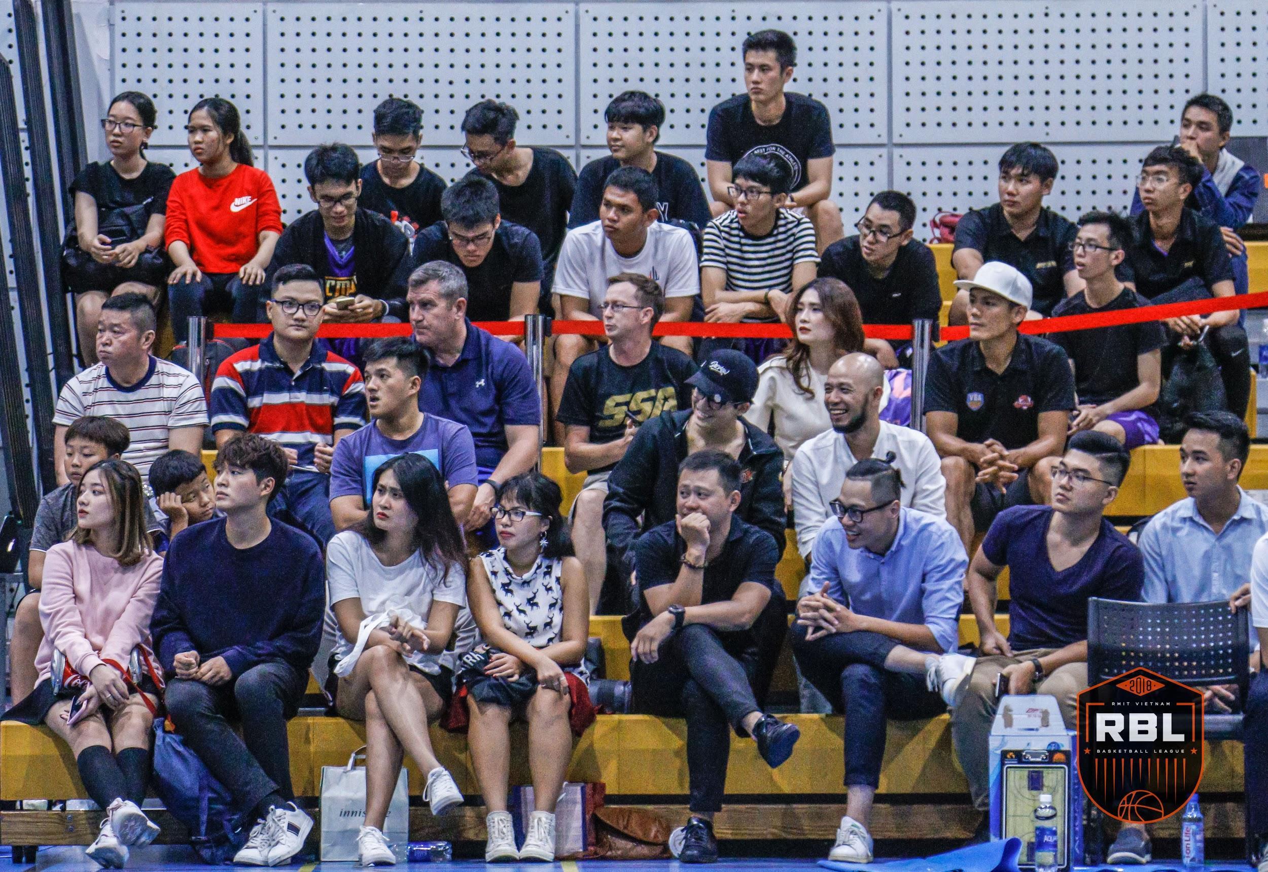 Đội chủ nhà RMIT thắng đậm tại lễ khai mạc giải bóng rổ truyền thống hàng năm - Ảnh 4.