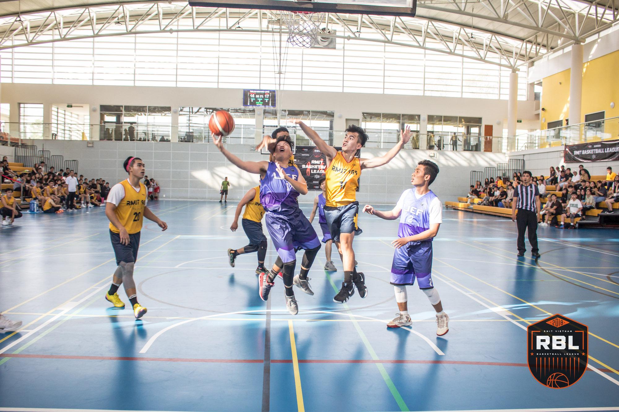Đội chủ nhà RMIT thắng đậm tại lễ khai mạc giải bóng rổ truyền thống hàng năm - Ảnh 5.