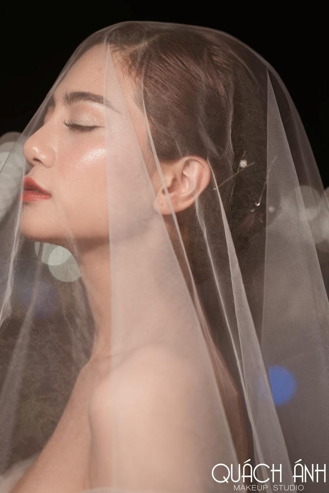 """Quách Ánh make-up: Người rắc """"bụi phép"""" vào các fashion show Việt - Ảnh 6."""