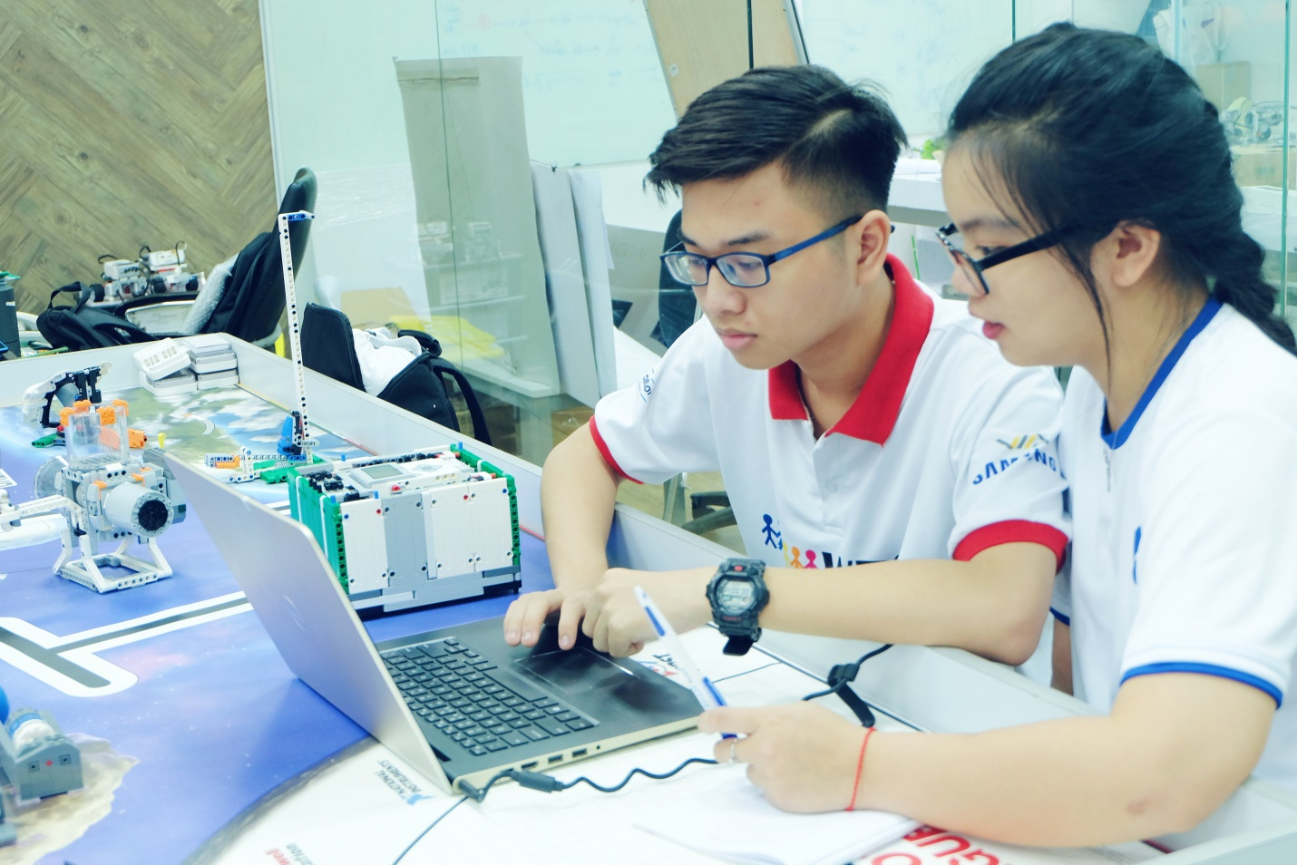 Gen Z và công nghệ: Những người trẻ này đang học đại học như thế nào? - Ảnh 3.
