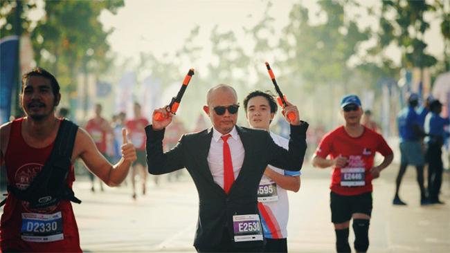 50 sắc thái độc lạ của các runners trên đường chạy marathon - Ảnh 2.