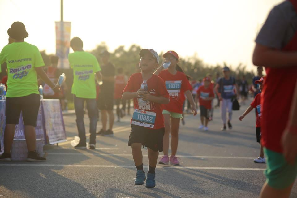 50 sắc thái độc lạ của các runners trên đường chạy marathon - Ảnh 10.
